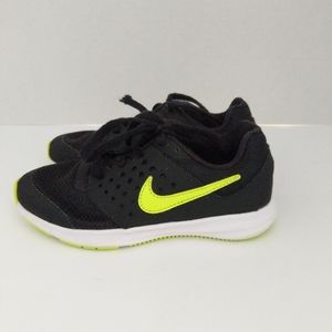 Nike Toddler Sneakers Size 11.5C Black Color
